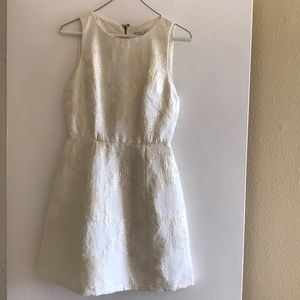 Alice + Olivia cream/gold metallic minidress